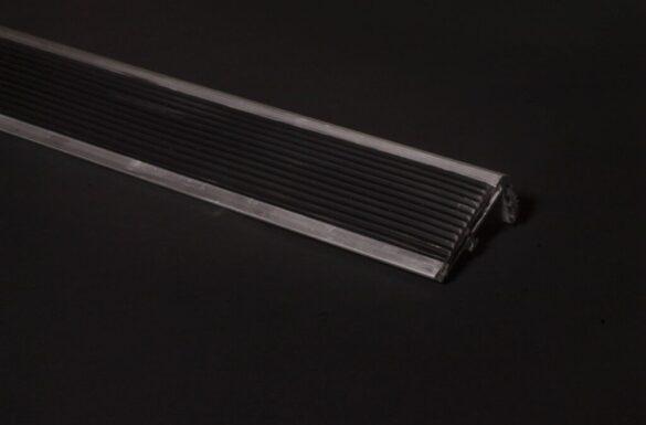 Cantonera de Aluminio Negro